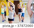 人々 人物 ダンスの写真 37872060