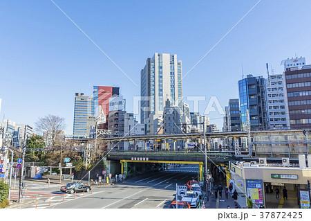 東京 飯田橋駅東口の風景 37872425