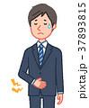 下腹部が痛い男性(お腹・下) 37893815