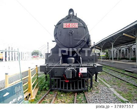 台湾 高雄市・鉄道博物館 蒸気機関車DT609 (旧国鉄クンロク同形) 37897557