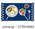 目玉焼きのイラスト。朝食。パンと卵料理のイラスト。 37904684