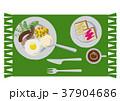 目玉焼きのイラスト。朝食。パンと卵料理のイラスト。 37904686
