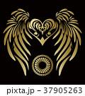 トライバル。翼と羽のエンブレム。タトゥーデザイン。 37905263