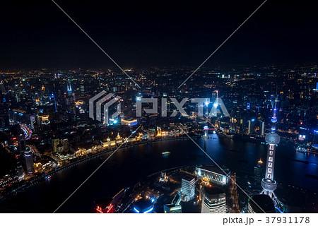 中国・上海の夜景 37931178