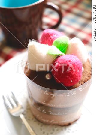フェルトのチョコケーキ 37937393