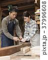 家具職人 男性 女性の写真 37996608