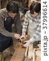 家具職人 男性 女性の写真 37996614