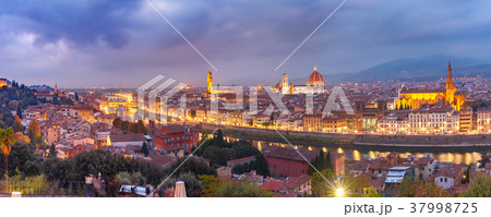 Famous view of Florence at night, Italy 37998725