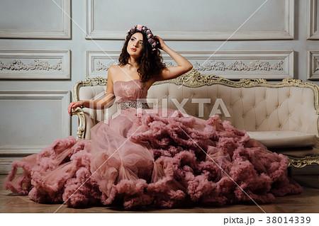 Luxurious sexy girl in an evening cloudy dress 38014339