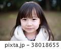 ダッフルコート (アウター 冬 ポートレート 上着 人物 日本人 乳幼児 コピースペース 子供) 38018655