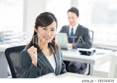 ビジネスウーマン  38036839