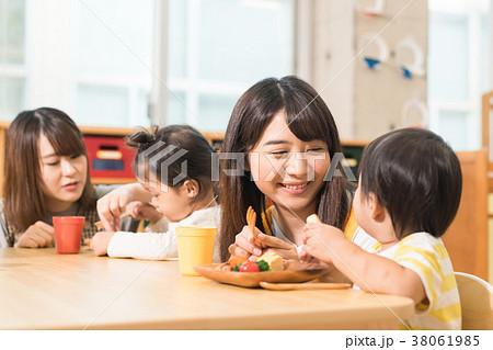 幼稚園 保育園 38061985