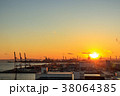 夕日 工場 太陽の写真 38064385