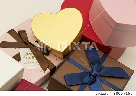 プレゼント 38067166