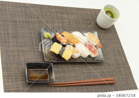 お寿司 食事 和食  38067258