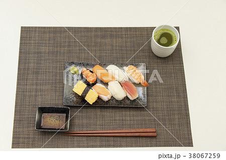 お寿司 食事 和食  38067259