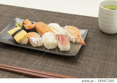お寿司 食事 和食  38067260