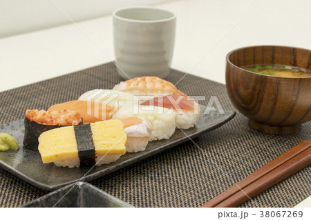 お寿司 食事 和食  38067269