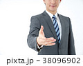 ビジネスマン 男 男性の写真 38096902