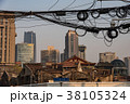 中国・上海の再開発地区 38105324
