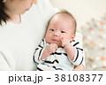 赤ちゃん お母さん 母親の写真 38108377