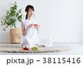 若い女性(紅茶) 38115416