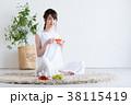 若い女性(紅茶) 38115419