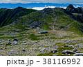 木曽駒ヶ岳山頂から宝剣岳と南アルプス・富士山の眺め 38116992