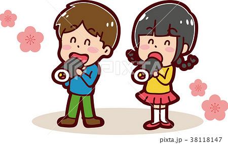 恵方巻きを食べる子供のイラスト(男の子と女の子) 38118147