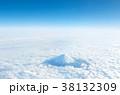 富士山 雲海 空撮の写真 38132309