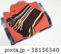 セーター マフラー 冬服の写真 38136340