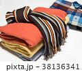 セーター マフラー 冬服の写真 38136341