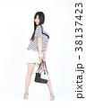 若い女性 ファッション ポートレート 38137423