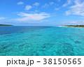 沖縄 宮古島の青空と青い海 38150565