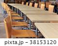 いすとテーブル 38153120