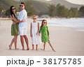 ファミリー 家族 ビーチの写真 38175785
