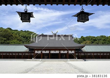 橿原神宮 内拝殿の写真素材 [381...