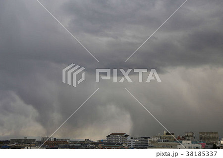 不気味な雲 38185337