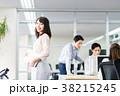 ビジネスウーマン オフィス オフィスカジュアルの写真 38215245