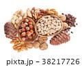 ナッツ 種実類 ヘーゼルナッツの写真 38217726