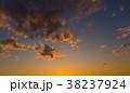 夕時の雲 38237924