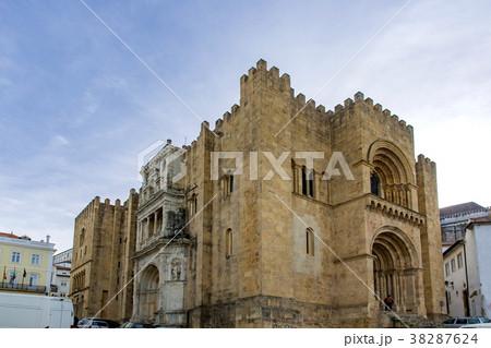 コインブラの旧大聖堂 38287624