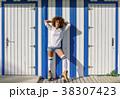 ローラー 女 女の人の写真 38307423