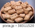 乾パン 38311520