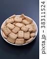 乾パン 38311524