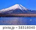 山中湖と富士山-777170 38316040