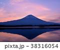 朝焼け空と逆さ富士-777475 38316054