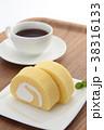 ロールケーキ 洋菓子 焼き菓子の写真 38316133