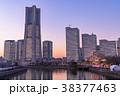 横浜 みなとみらい 全館ライトアップの写真 38377463