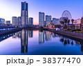 横浜 みなとみらい 全館ライトアップの写真 38377470